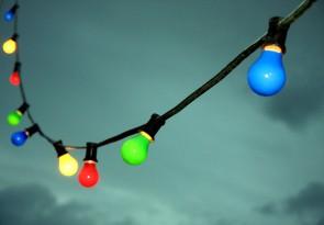 Miet-Lichterkette 10 mtr. bunt, incl. Anlieferung